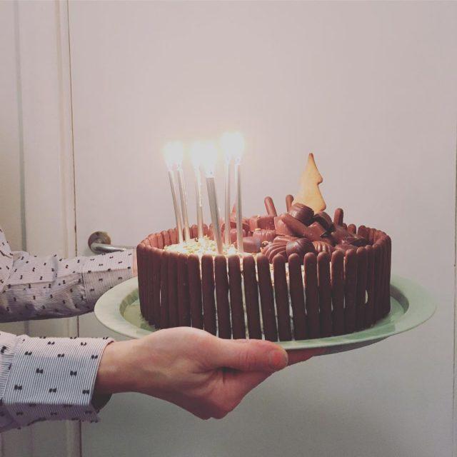 Tnn juhlittu kahdeksanvuotiasta esikoinen synttrit suklaakakku kakku syntympivkakku cake chocolatecakehellip